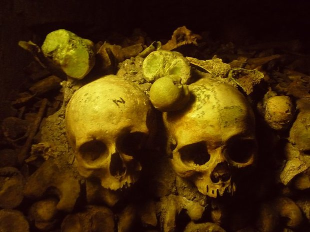 V katakombách najdete i lebky Foto: Wagner500/Wikimedia Commons/CC BY-SA 3.0