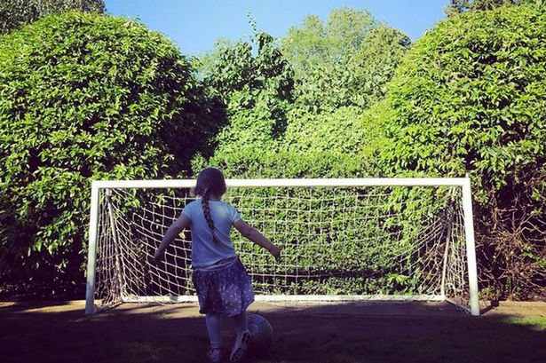 Harper Backham dává gól Foto: