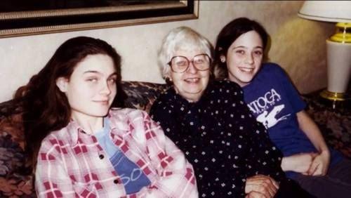Emily se sestrou Zoey v teenage věku Foto: